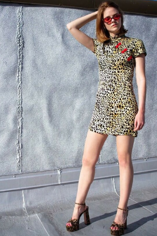 Image 4 of De La Vali the suki dress