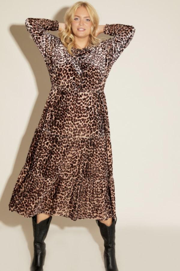 Anna Scholz Leopard Velvet Boho Dress 2 Preview Images