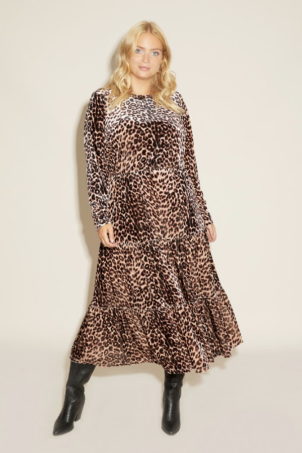 Anna Scholz Leopard Velvet Boho Dress 1 Preview Images
