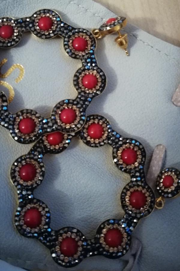 SORU Onyx Red Hoop Earring