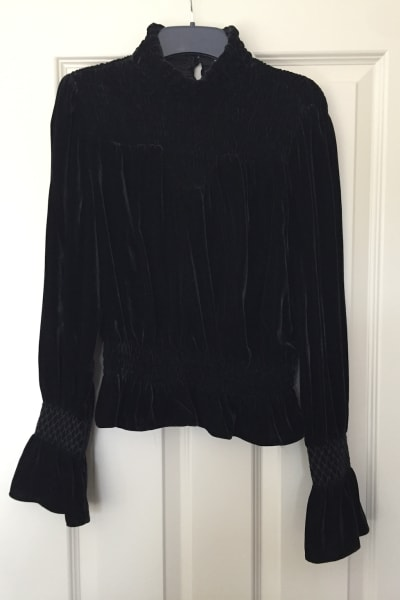 FRAME Shirred Velvet Turtleneck Top Black