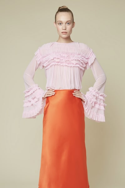 Esthe Full-sleeve ruffle blouse 5
