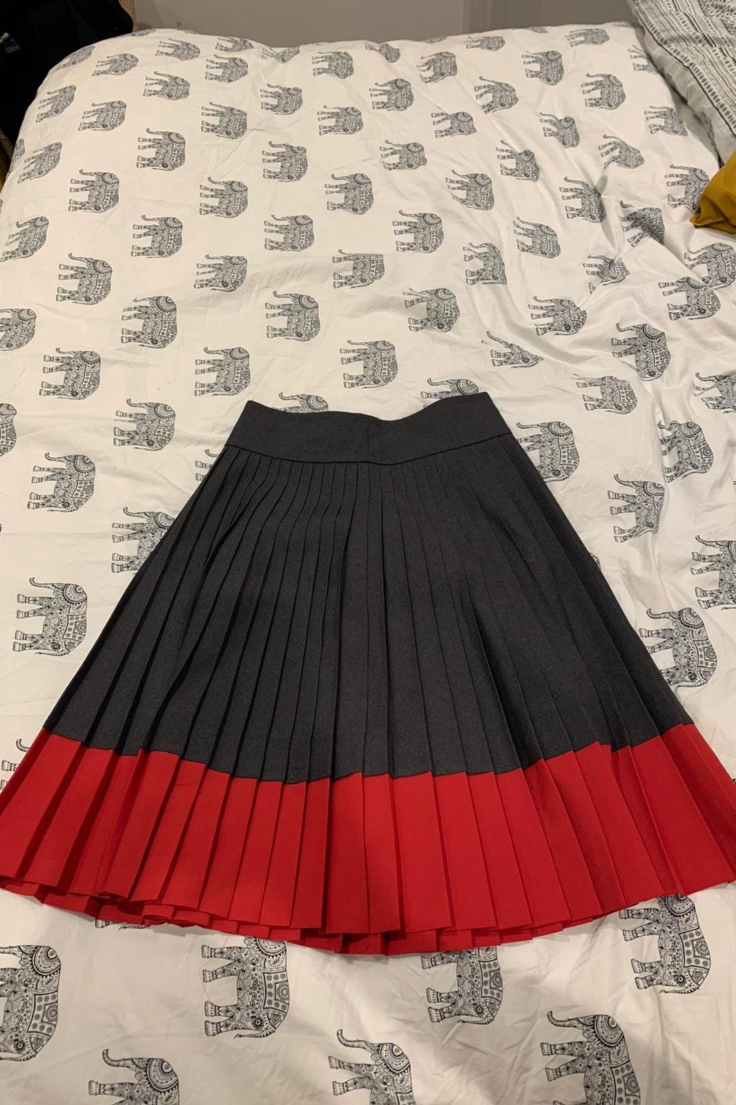 Marc Jacobs Tania tonic pleated skirt 4 Preview Images