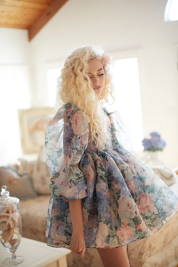 Image 2 of Selkie the puff dress