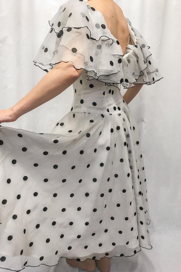 Narrations Ldn Vintage Vintage Ruffled Polka Dot Dres 4 Preview Images
