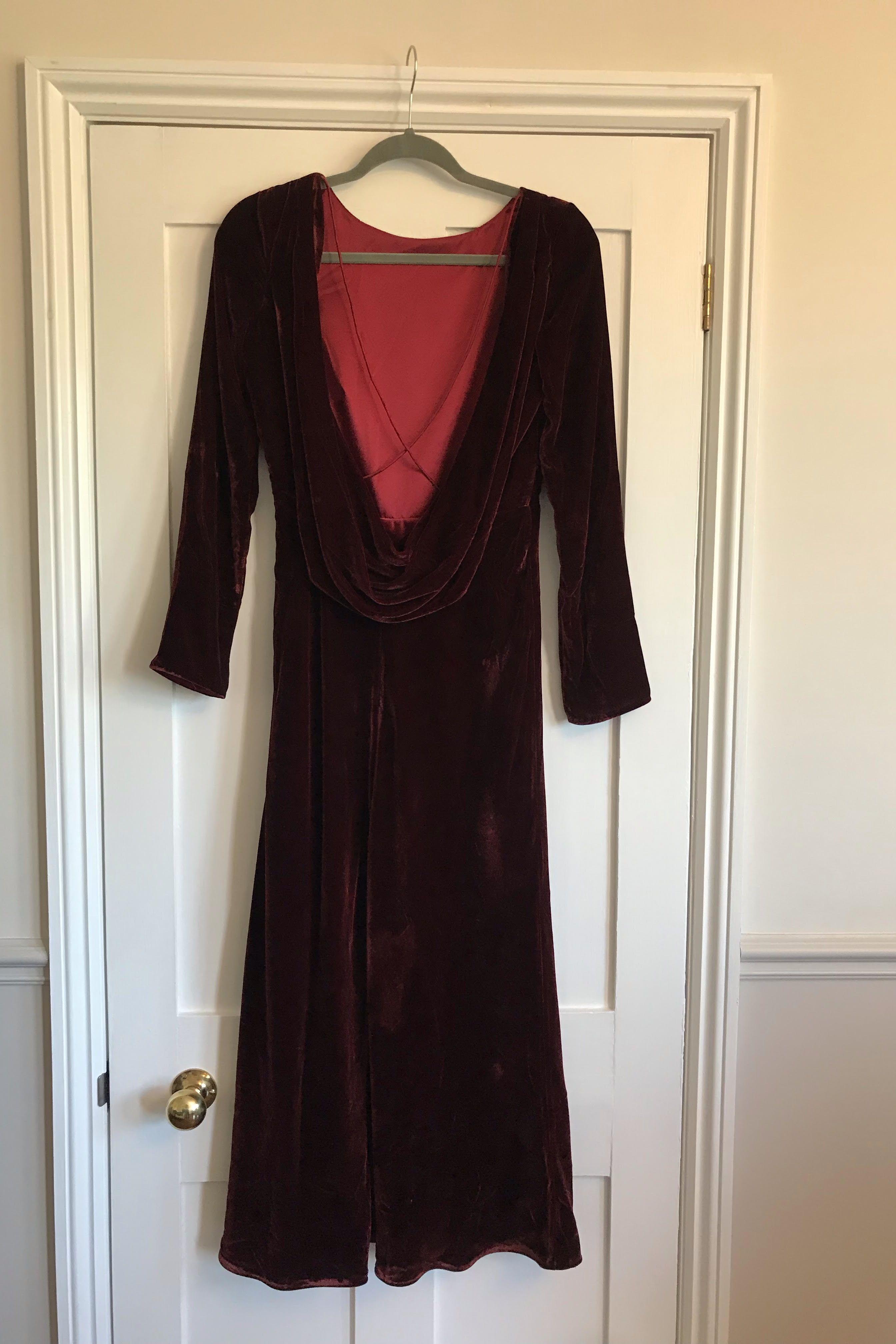 Saloni Tina Boat-Neck Velvet Dress 3 Preview Images