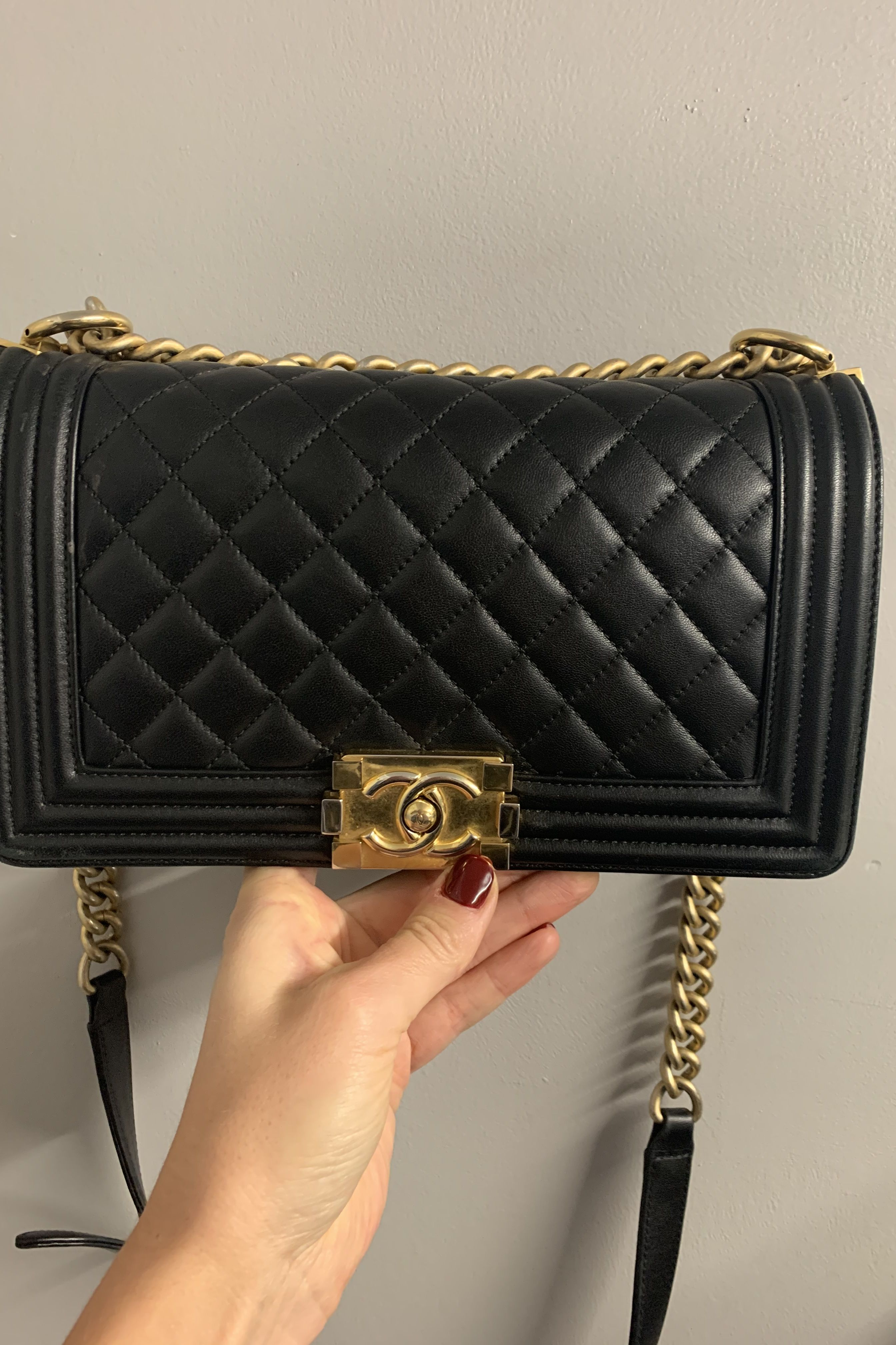 Chanel Boy handbag  4 Preview Images