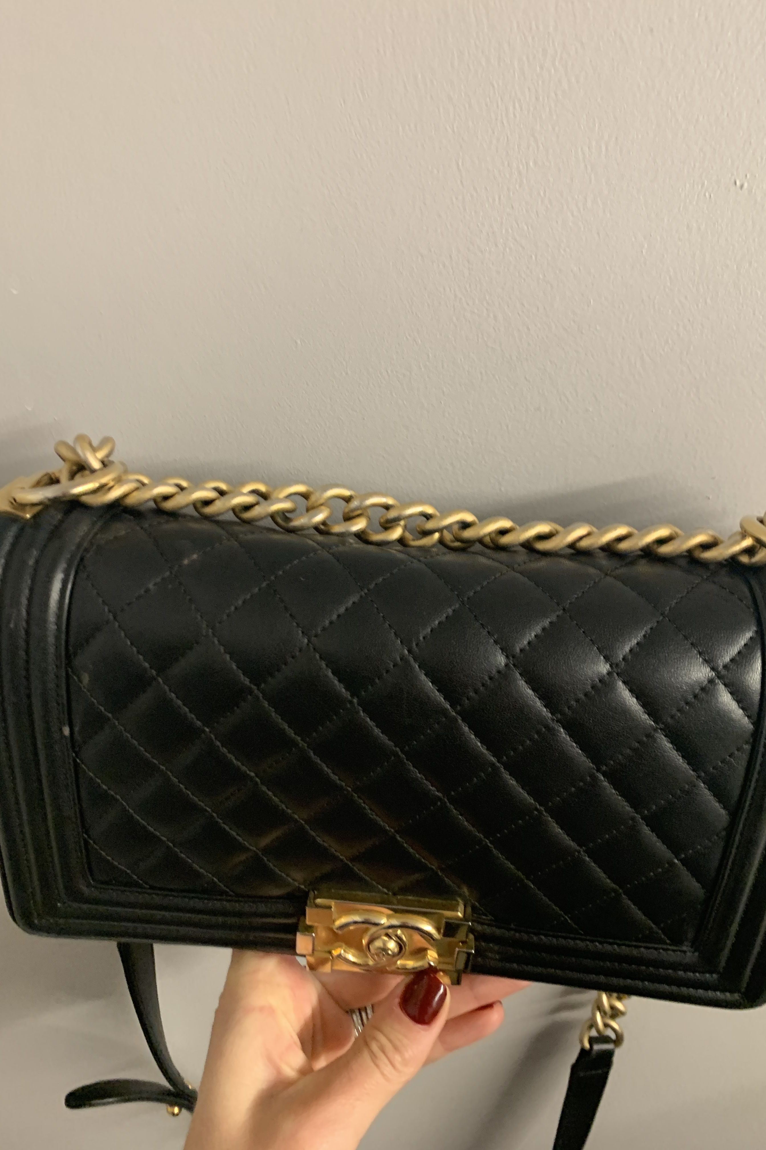 Chanel Boy handbag  2 Preview Images