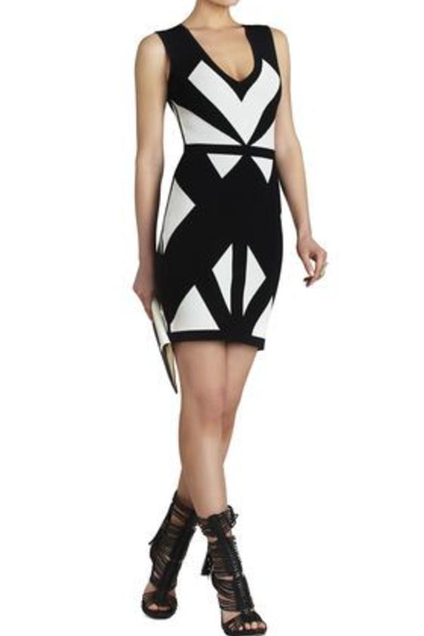 BCBGMAXAZRIA Evinna Geometric Jacquard Dress