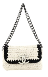 Chanel Crochet shoulder bag Preview Images