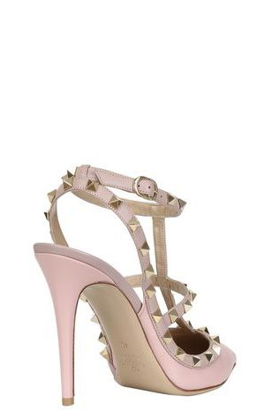 Valentino Rockstud Pumps 2 Preview Images