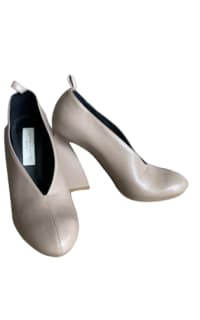 Stella McCartney twisted heel Preview Images
