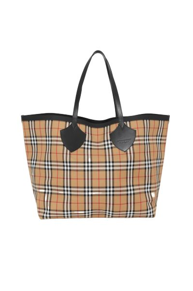 Burberry The Giant Reversible Tote Preview Images