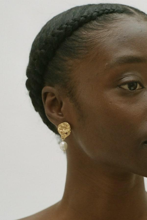 Image 3 of Alighieri beacon earrings