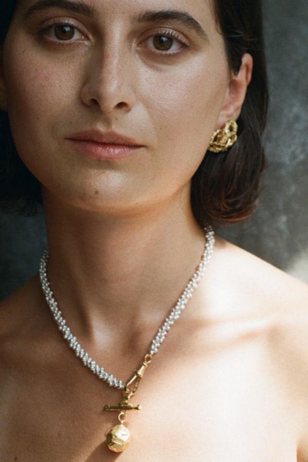 Image 3 of Alighieri aphrodite earrings