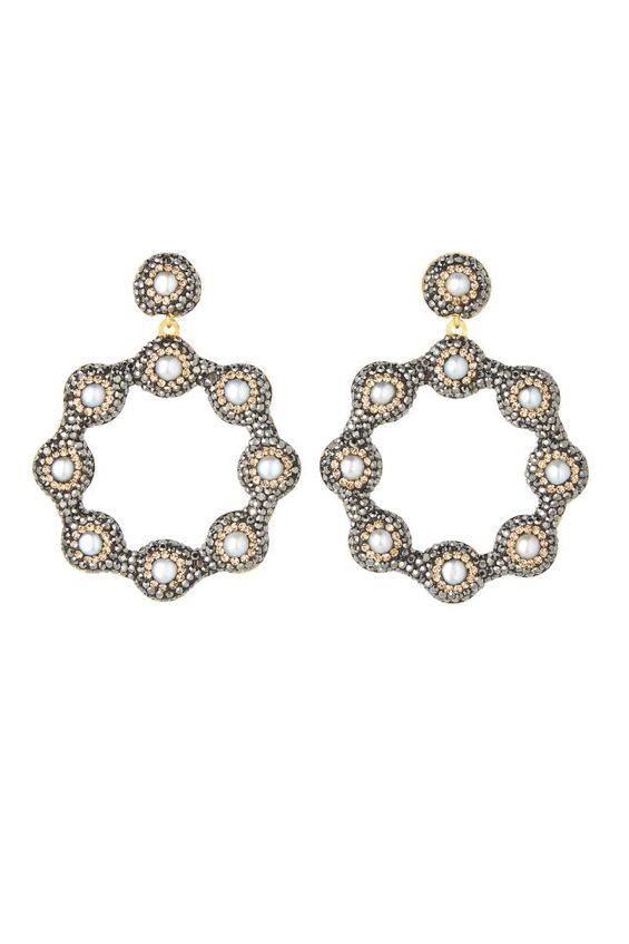 Soru London Baroque Pearl Earrings 3 Preview Images