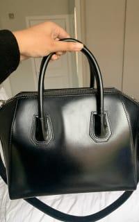 Givenchy The Antigona Bag 2 Preview Images