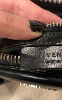 Givenchy The Antigona Bag 6 Preview Images