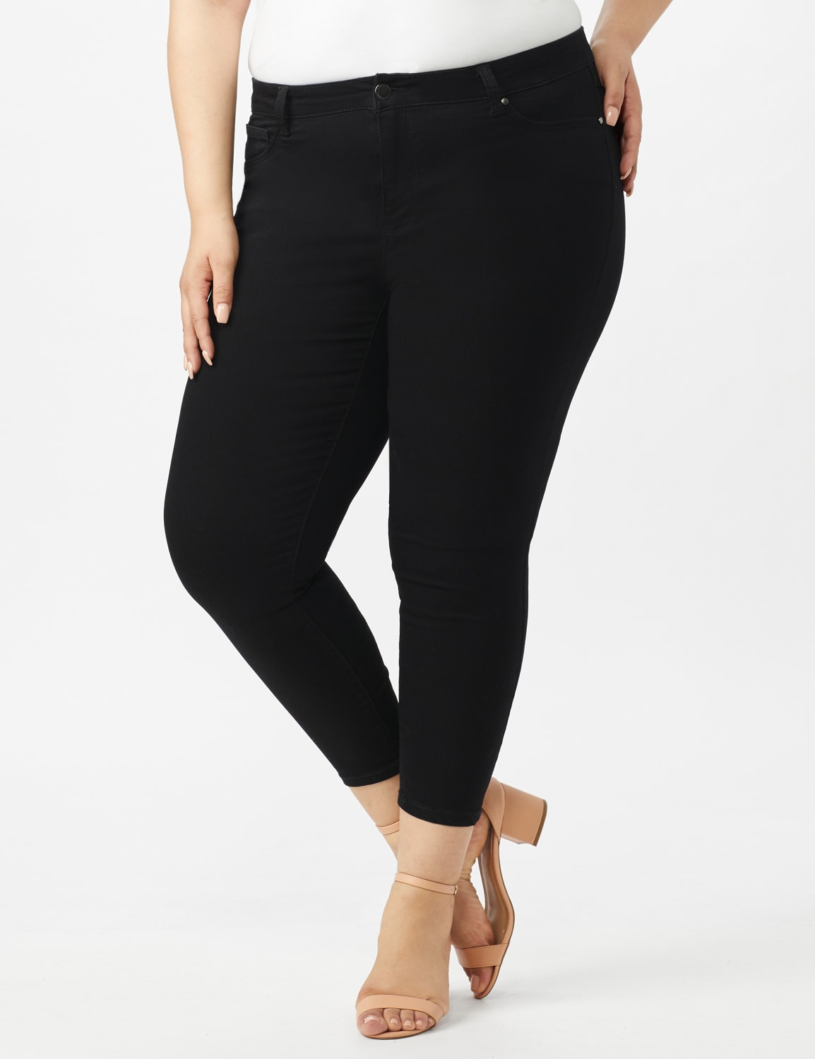 5 Pocket Skinny Ankle Length Jeans - Black - Front