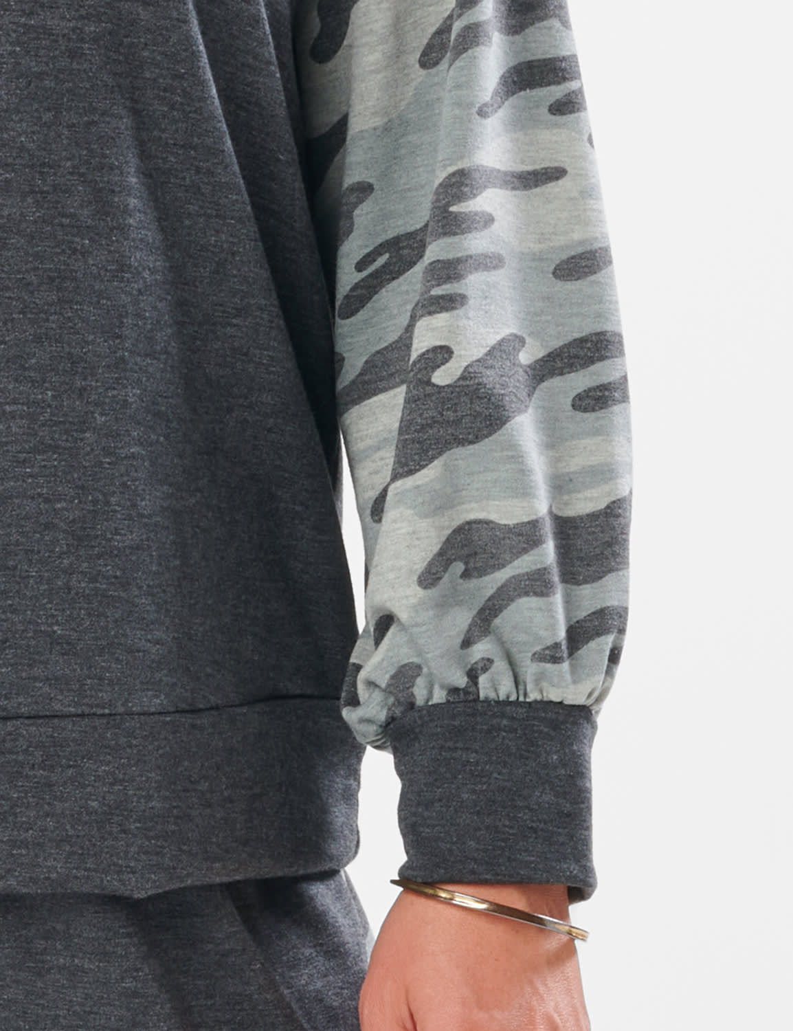 Camouflage Mixed Print Knit Top - Plus - Charcoal - Detail