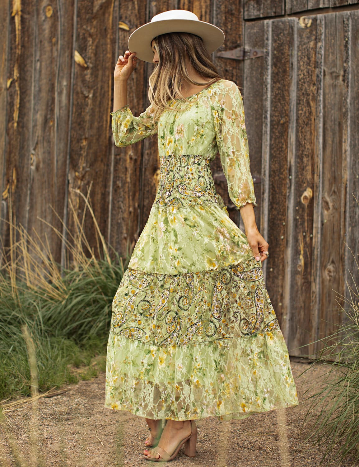 Printed Lace Tiered Maxi Dress - green - Detail
