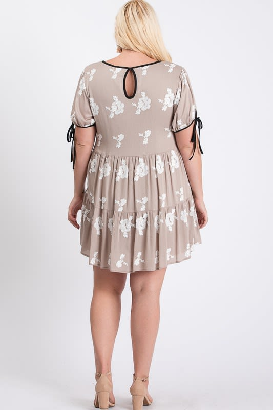 Embroidery Short Sleeve Dress - Taupe / Ivory - Back
