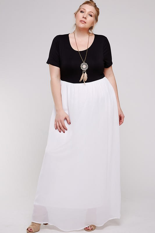 Maxi Dress With Short Sleeve - Black / White - Back