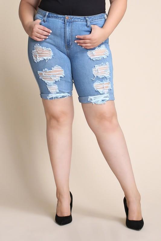 Plus Size Distressed Bermuda Shorts - Medium stone - Detail