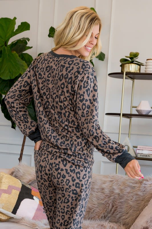 Leopard Weekend Top - Brown - Back