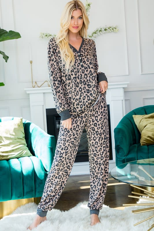 Leopard Weekend Top - Mocha - Front