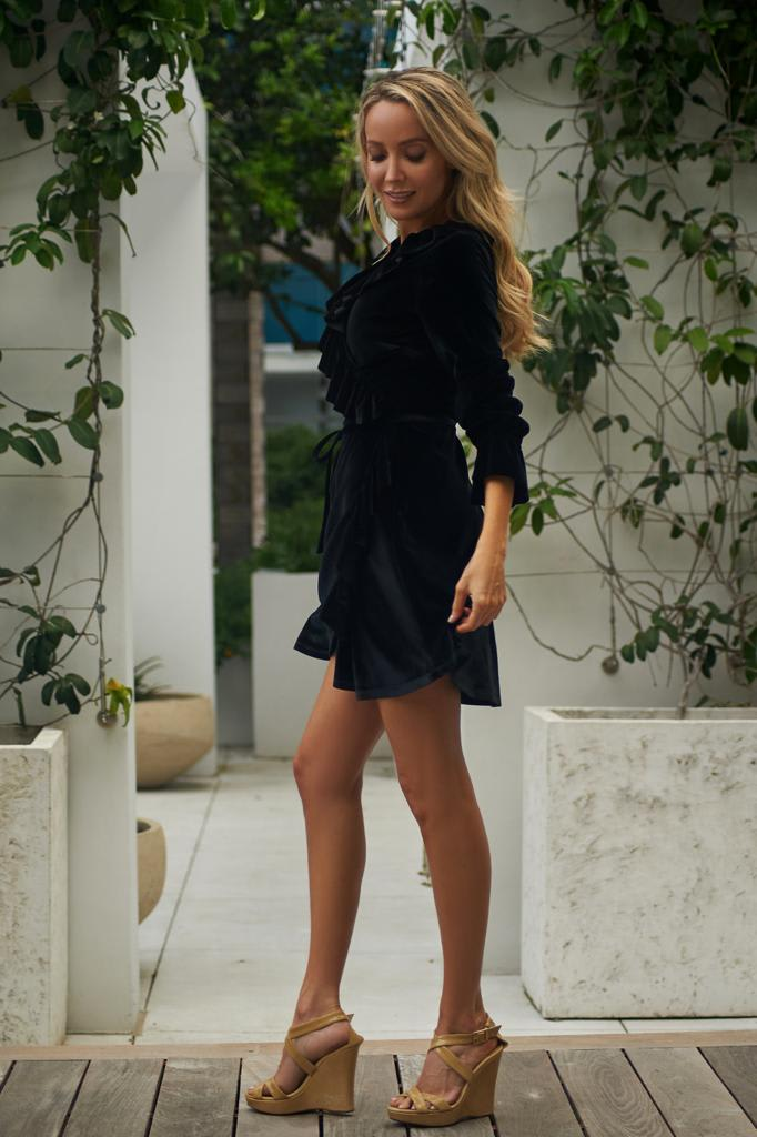 Short Velvet Cocktail Dress - Black - Detail