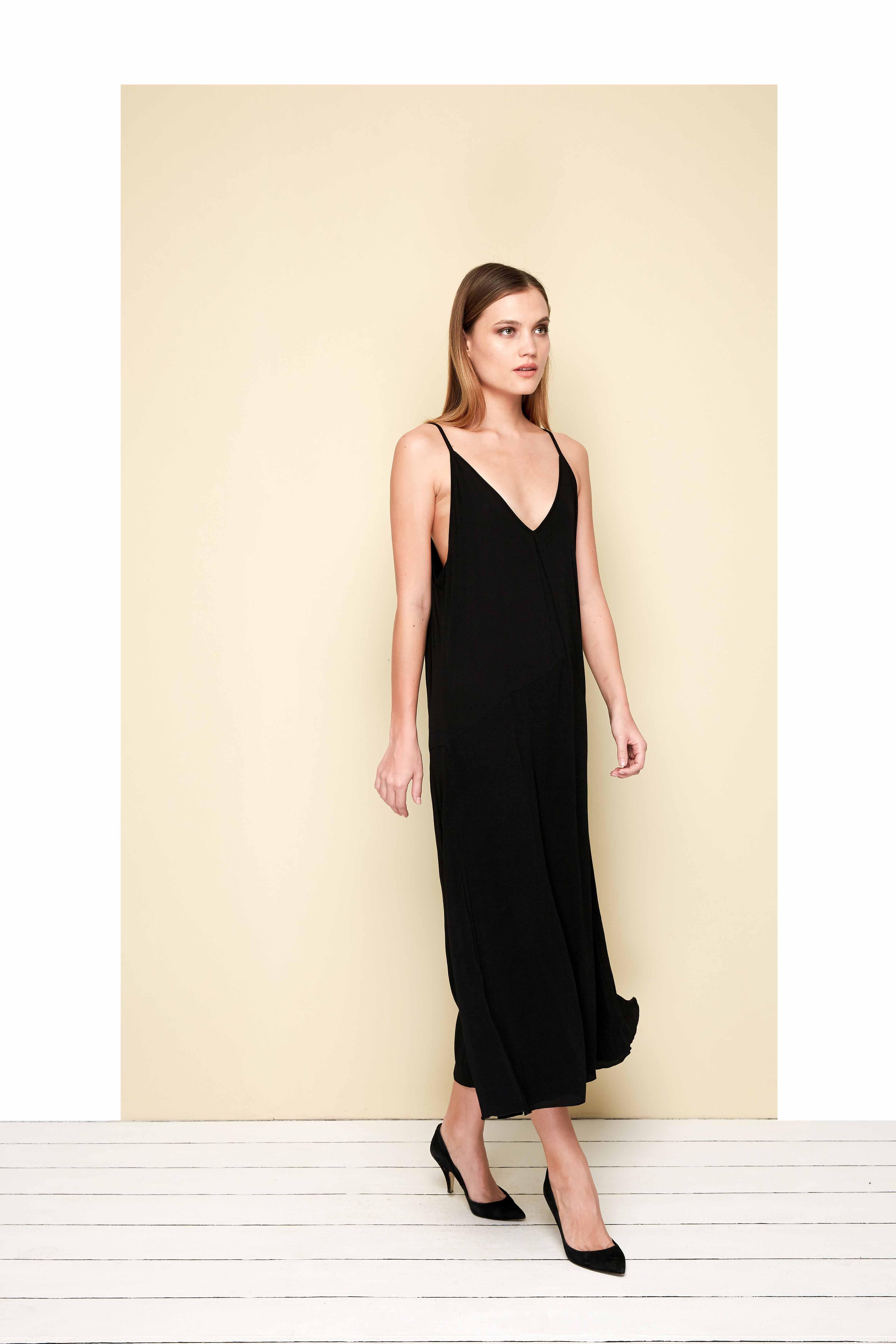 Curve Toscana Dress - Plus - Black - Back