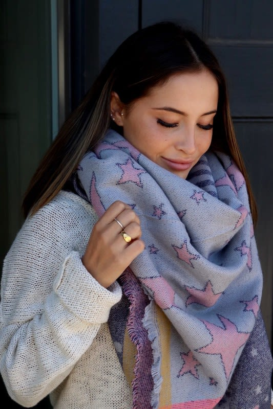 Star-Pattern Blanket Scarf - Grey - Front