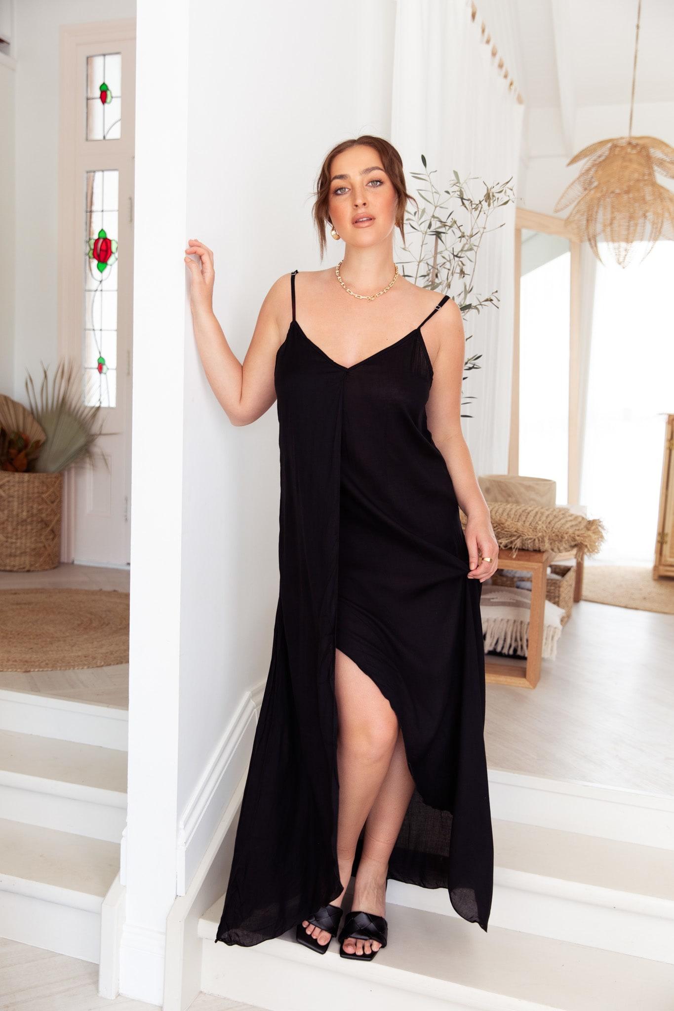 Curve Alanis Dress - Plus - Black - Front
