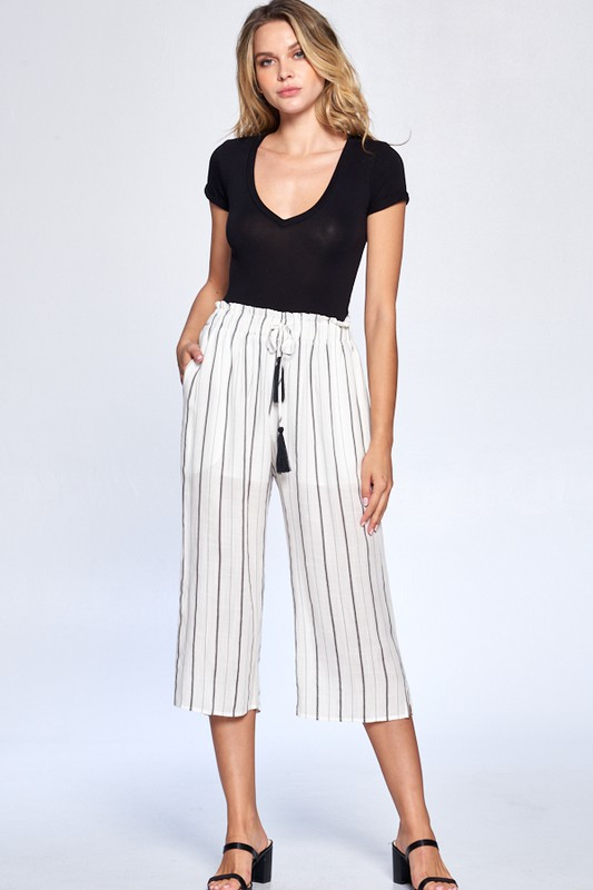 Pinstripe Drawstring Ankle Pants -Black - Front