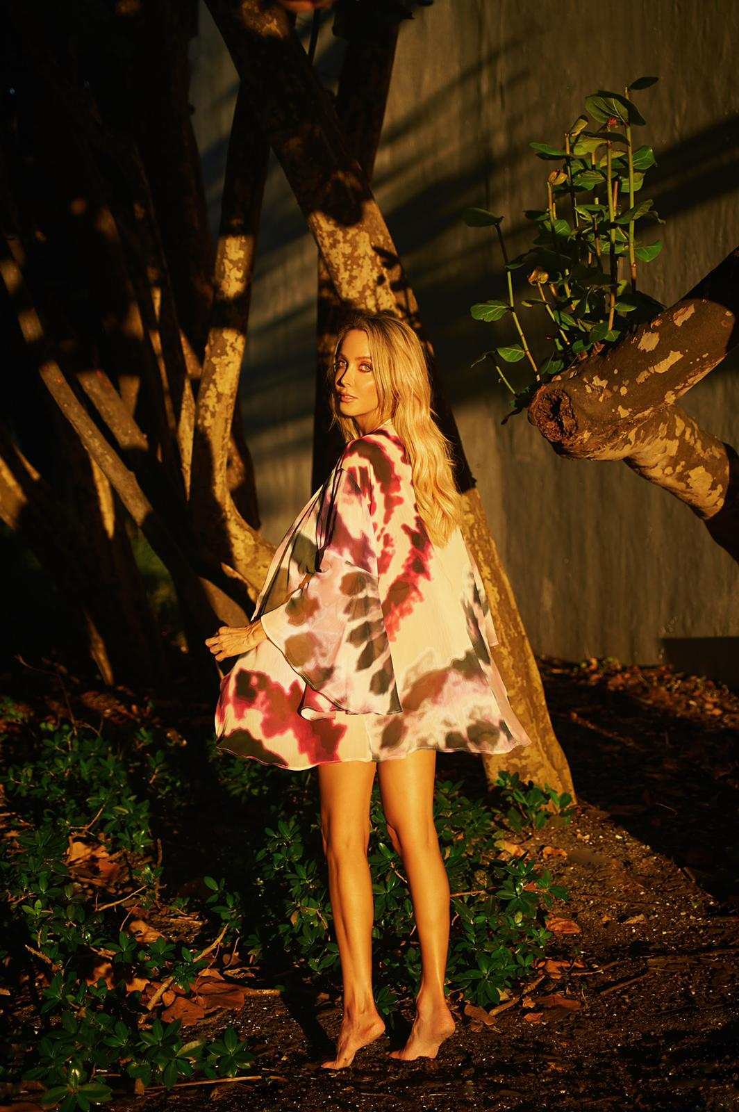 Nomade Kimono in Pink Tie-Dye - Pink - Front