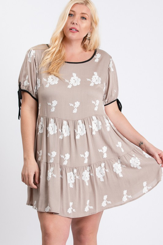 Embroidery Short Sleeve Dress -Taupe / Ivory - Front