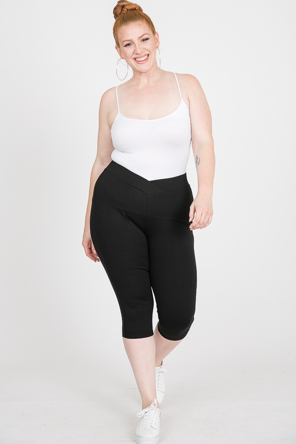 Everyday Ponte Capri Pants -Black - Front