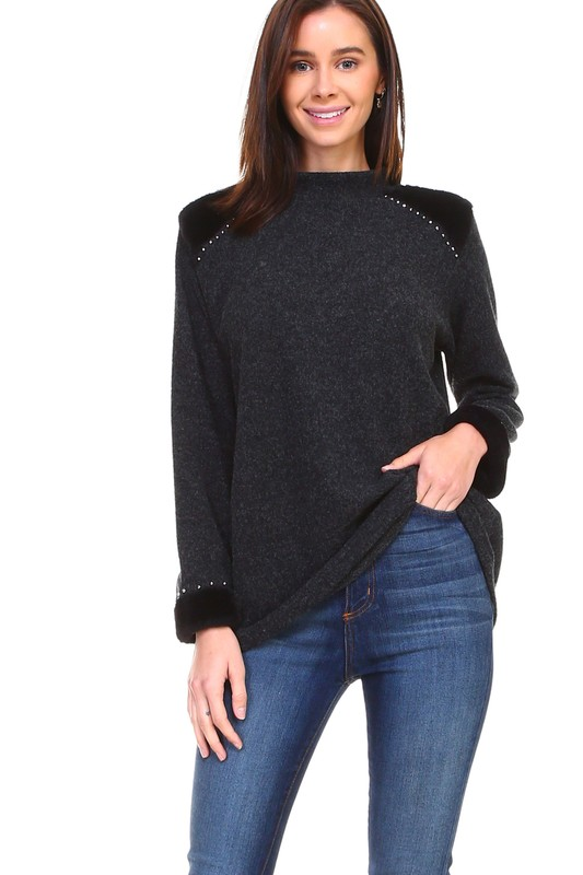 Hillary Top -Black - Front