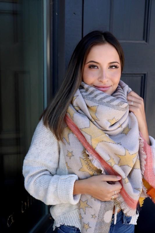 Star-Pattern Blanket Scarf -Olive - Front