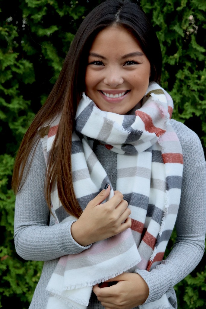 Clean-Linen Neck Scarf with a Pop of Rust -Red / Cream - Front