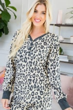 Leopard Weekend Top - Light taupe - Detail
