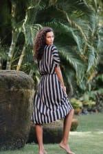 Kaftan Striped Dress - Black stripe - Detail