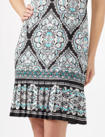 Medallion Puff Print with Pleat Hem Dress - Black/Aqua - Detail