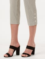Striped Pull-On Crop Pants - White/Black - Detail