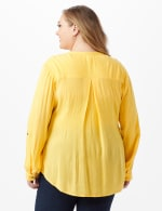 Dressbarn Crinkle Pintuck Popover - Plus - Golden Creme - Back