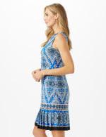 Medallion Print Sleeveless Dress With Pleat Skirt Detail - 4