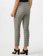 Roz & Ali Yarn Dye Plaid Pull On Waist Ankle Pant - Misses - Black/Grey - Back