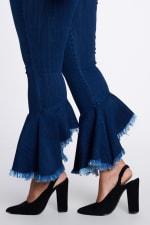Ruffle Bell-Bottom Jeans - 3