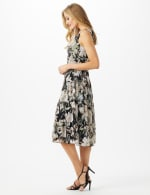 Sleeveless V-Neck Floral Flounce Detail Dress - 4
